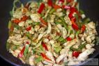 Recept Dvoubarevné kuřecí nudličky - kuřecí maso s fazolkou - příprava