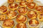 Recept Pizza šneci se sýrem a pršutem - pizza šneci - postup