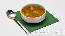 Rychlá polévka s játrovými knedlíčky