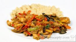 Asijská kuřecí čína s kuskusem