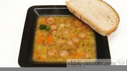 Rychlá a vydatná párková polévka