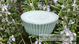 Domácí olivové mýdlo z rostlinných olejů