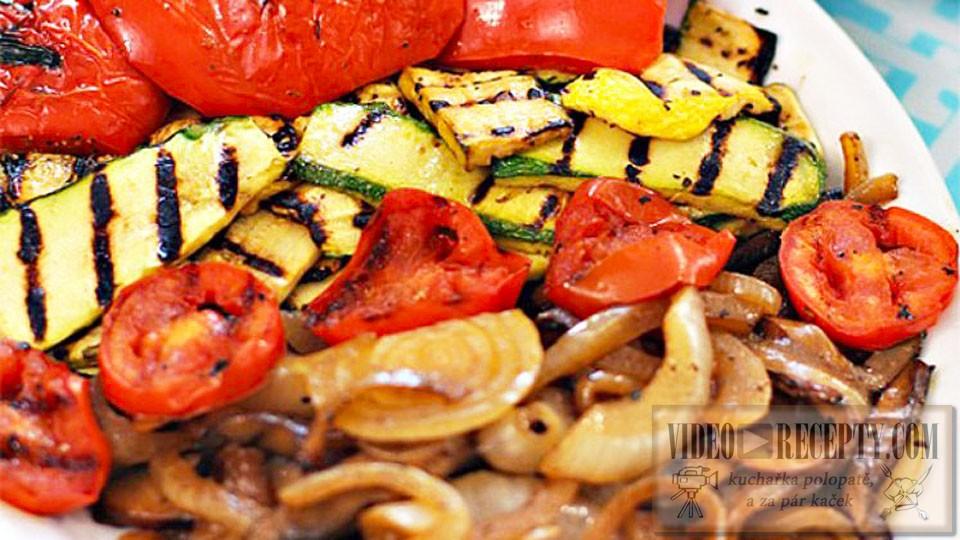 Grilovaná zelenina plněná masem