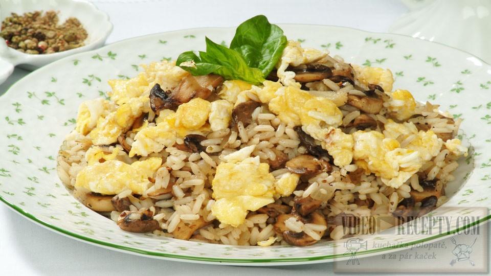 Smažená rýže s houbami